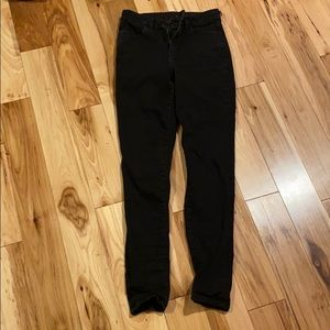 Black high rise AE jeans size 4R